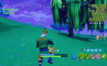 Fortnite jugando con la nueva arma